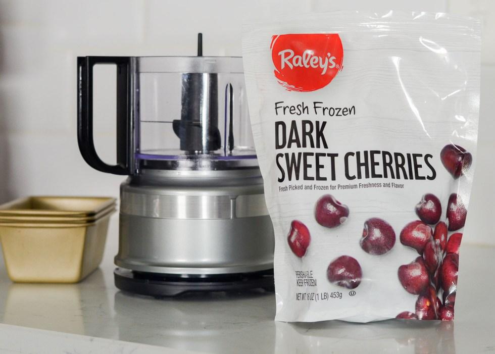 Raley's Fresh, Frozen Dark Sweet Cherries