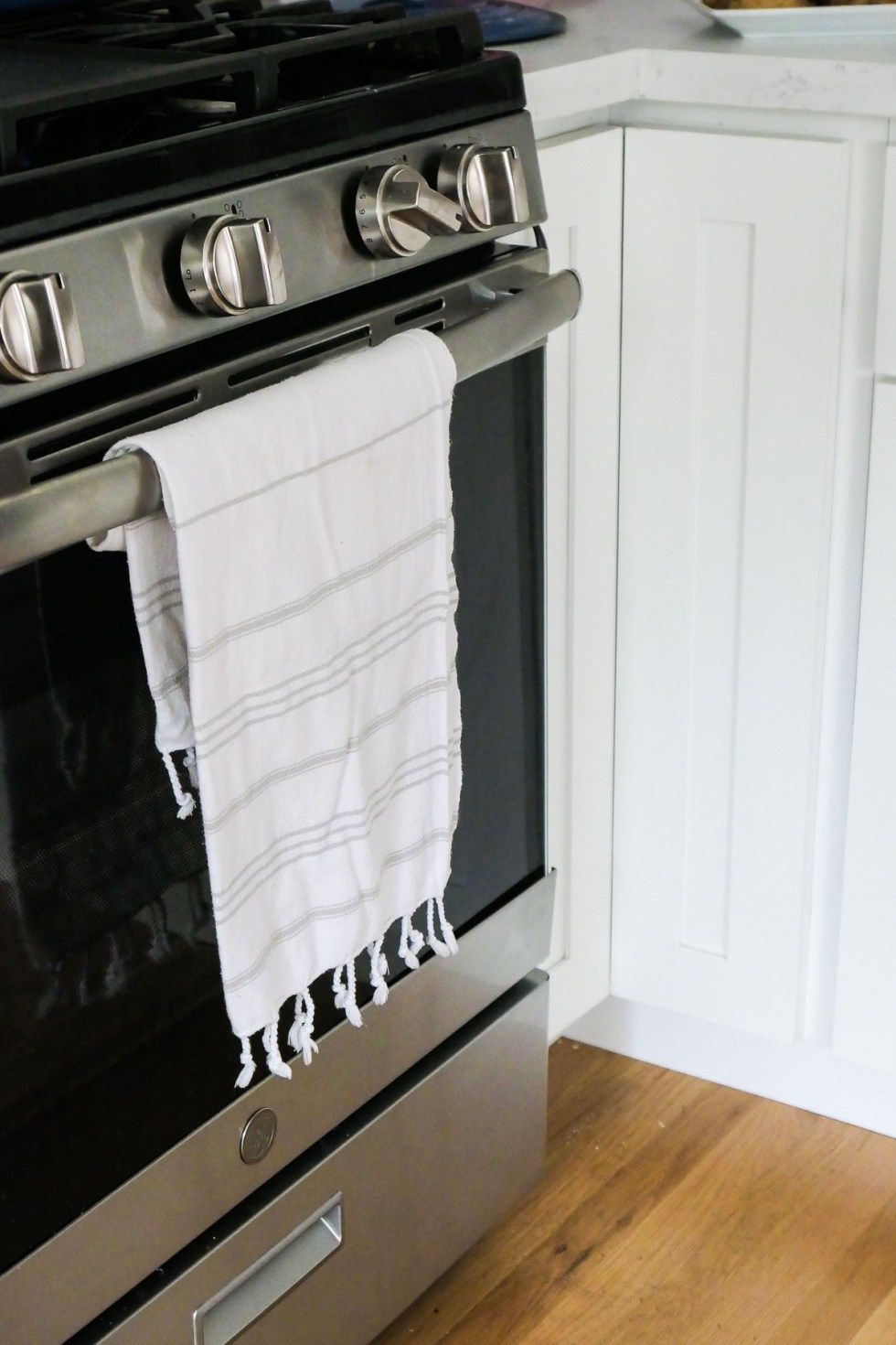 Dish Towel on Oven - How to Stop Using Paper Towels