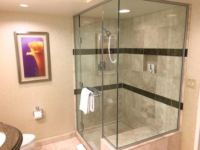 客室シャワールーム