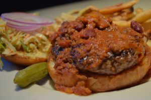 Carolina Burger with chili and slaw
