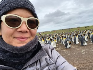 christina aldan selfies with penguins 1