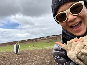 christina aldan selfies with penguins 3