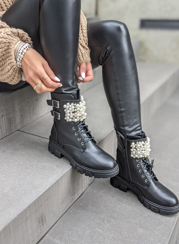 Perlen Boots DELICATE