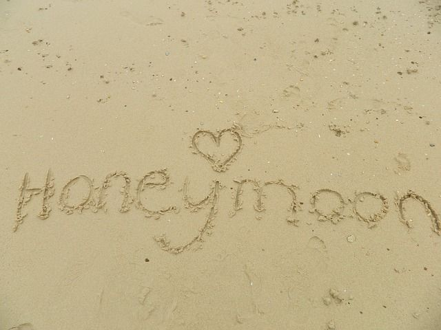 honeymoon travel specialist, honeymoon ideas, best time to take a honeymoon