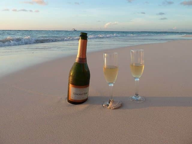 Aruba perfect romantic getaway