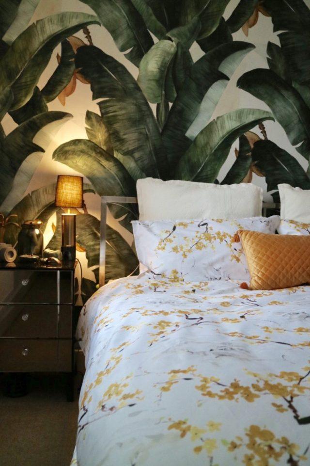 Christy Haruki Bed Linen Set with Leaf Print Wallpaper