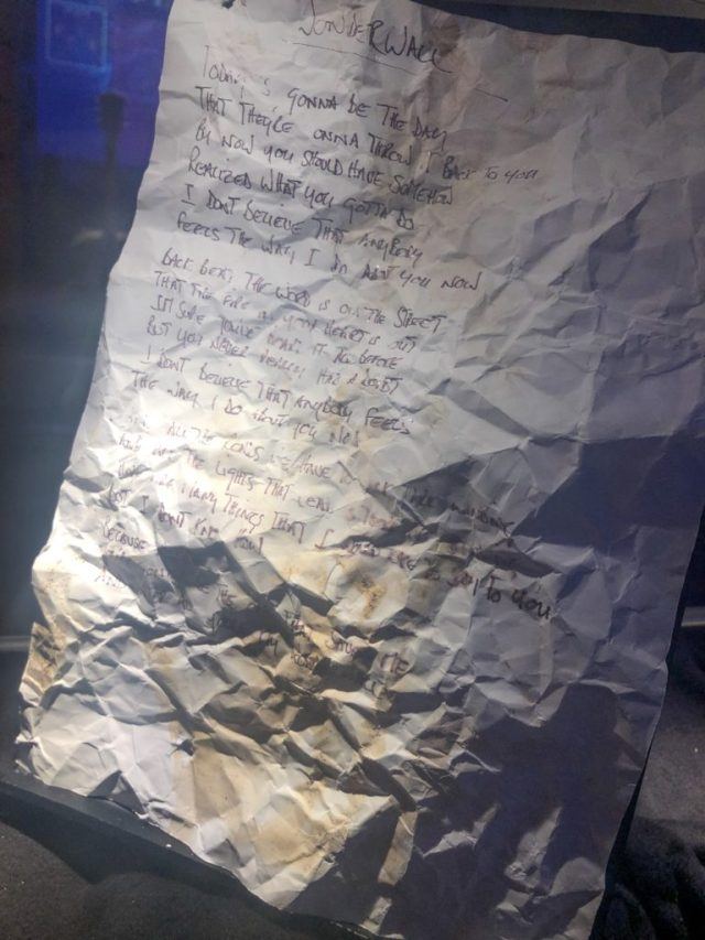 handwritten wonderwall lyrics