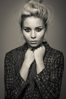 Nina Nesbitt 4 B&W Web