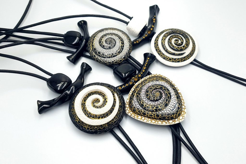 How to make: Focal Bead 4 styles - Textured Yin-Yang Swirl for Unusual Pendant 16