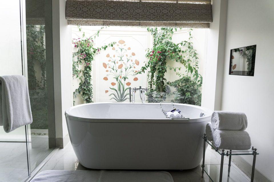 baño de habitación de hotel de de lujo
