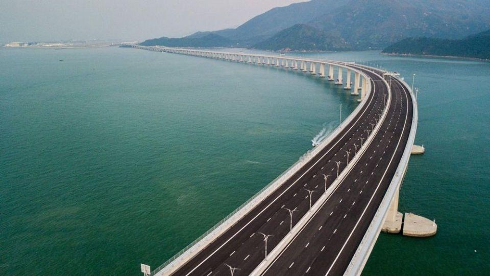 Autopista sobre el agua