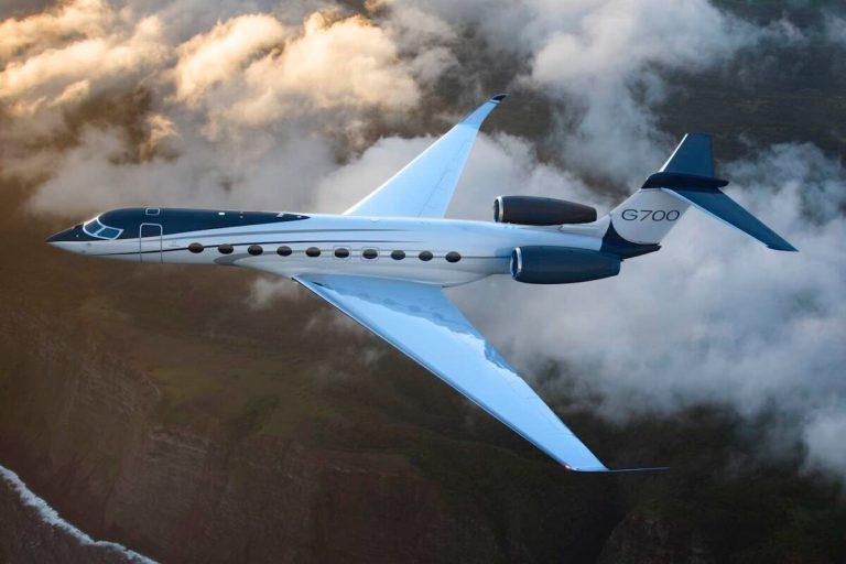 Gulfstream Jet G700