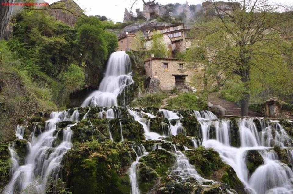 Orbaneja del Castillo, uno de los pueblos escondidos de España