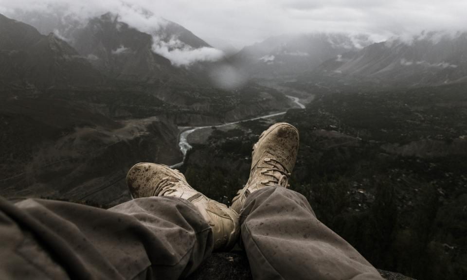 Impermeabilidad y comodidad es lo que deben de tener mejores botas de senderismo