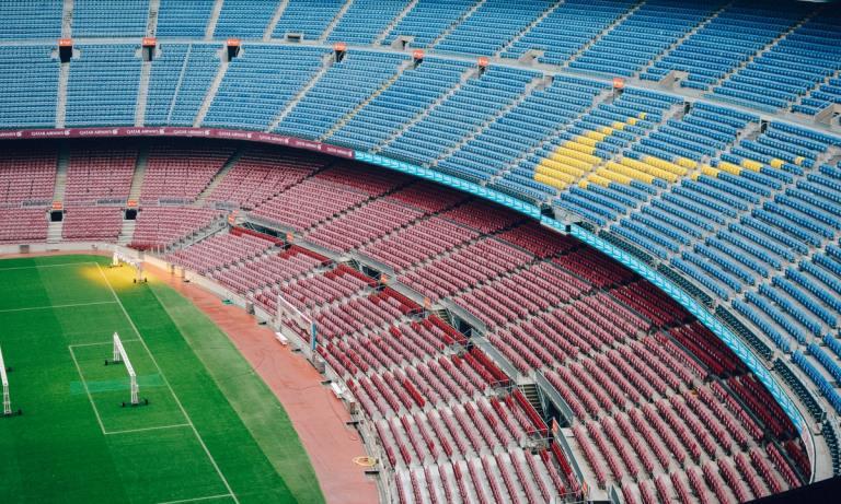 Uno de los campos de fútbol europeos que son un atractivo turístico es el Camp Nou en Barcelona