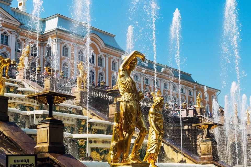 Palacios reales de San Petersburgo