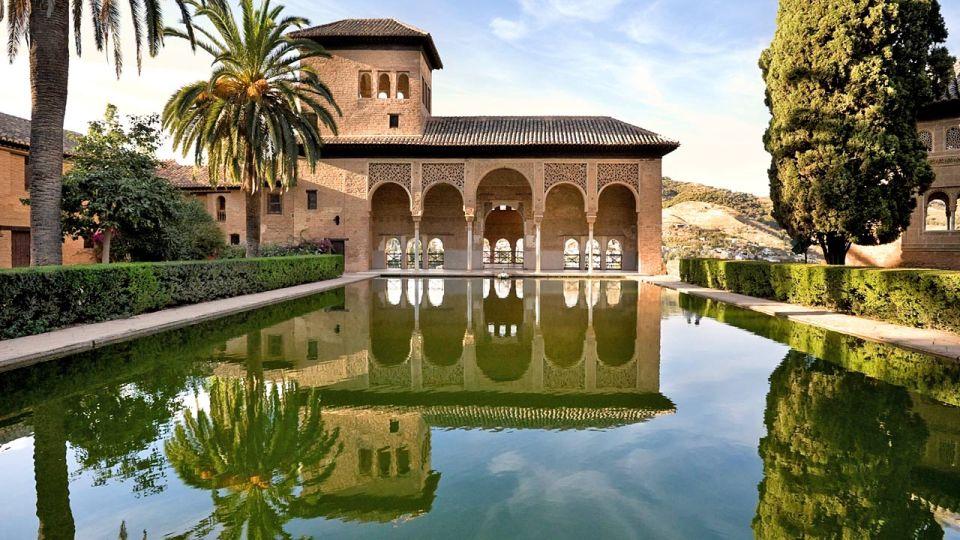 Guía de la Alhambra de Granada: el Partal
