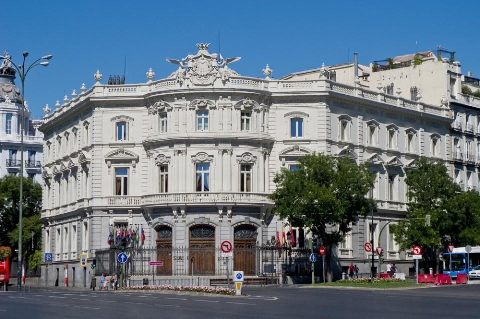 Hay una trágica historia en torno al Palacio de Linares, actual Casa de América en Madrid