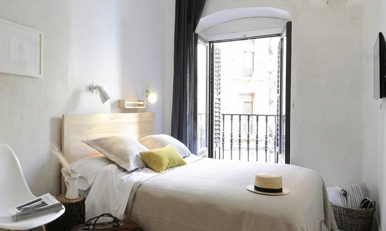 The Hat es uno de los hoteles baratos en Madrid y tiene una ubicación envidiable
