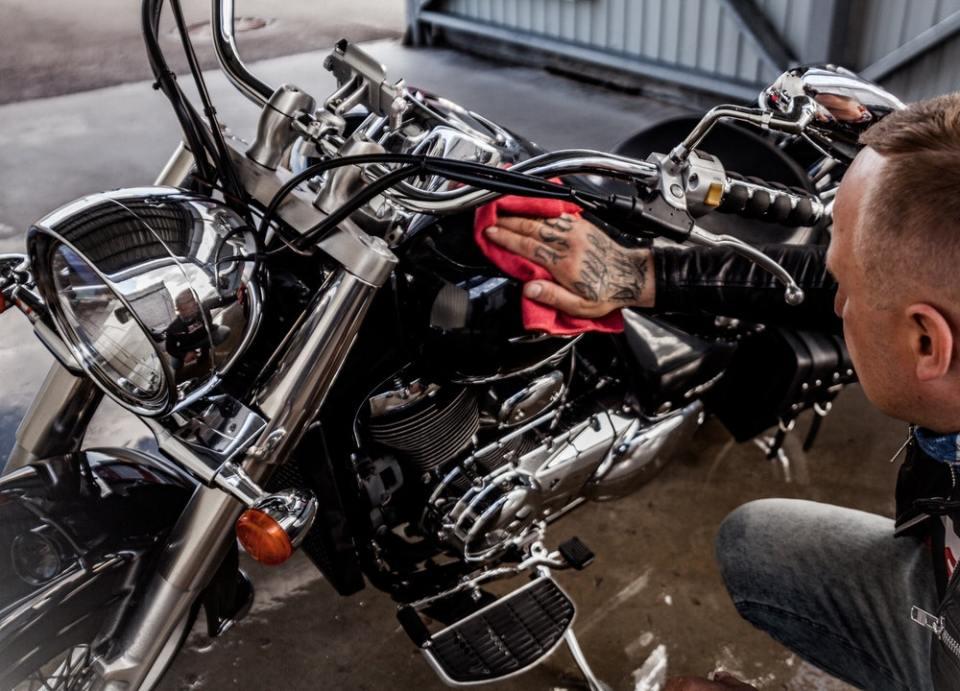 Antes de iniciar alguna de las rutas en moto, hay que poner el vehículo a punto
