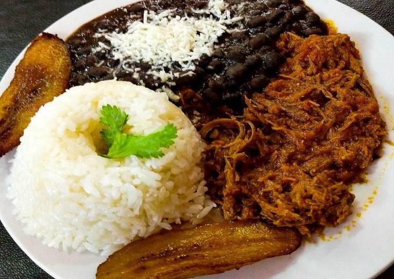 El pabellón criollo es el plato de la comida venezolana más emblemático