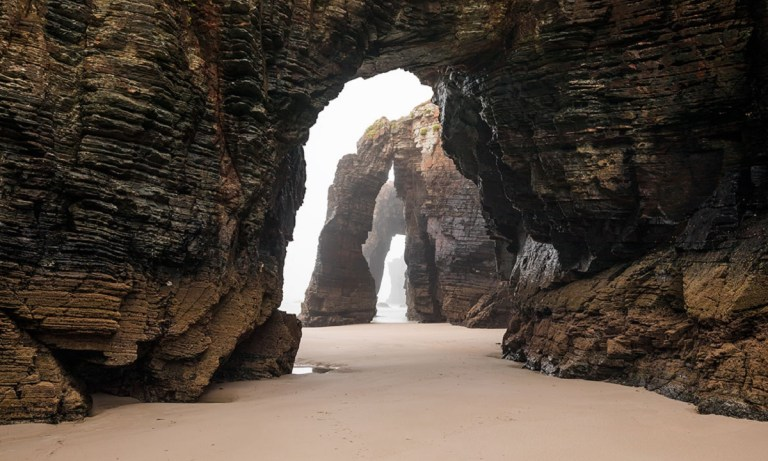 Todos los sitios que ver en Galicia que te recomendamos están llenos de historia y son imponentes y majestuosos