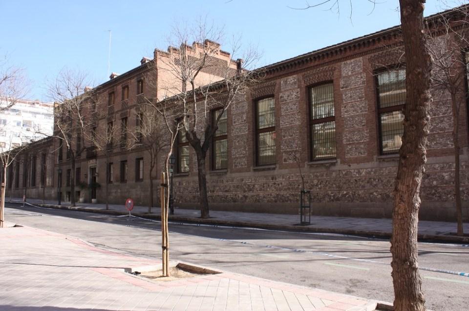 El actual edificio se encuentra en el barrio Pacífico de Madrid