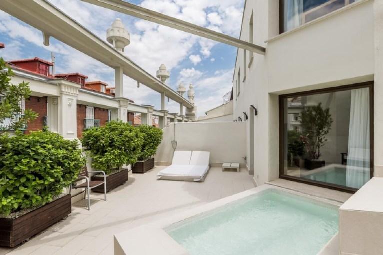 El Room Mate Alicia es uno de los hoteles con piscina privada en Madrid
