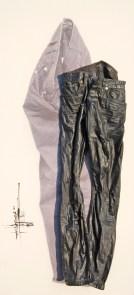 arch.n. 886 jeans nero pantaloni resinati + riproduzione fotografica su tela applicata a tavola cm156 x 71, anno 2009
