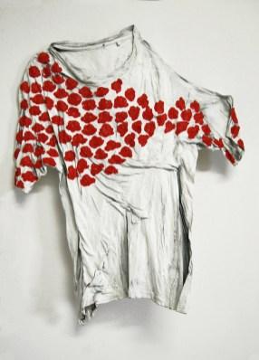 Florens 7 arch.n. 950 indumento + gesso e resine + colori ad olio, cm 36x64x8, 2010-2012