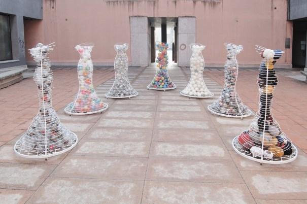 Ipazie nella Corte della Galleria Castellano Arte Contemporanea