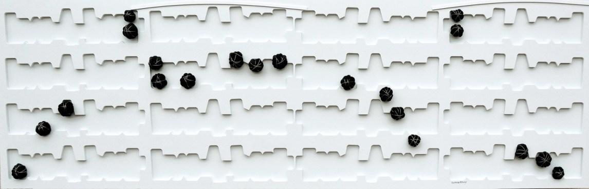 arch. n. 1.190 Lo spartito dell'Eden cm 50x162 - collage di PVC, incisione, tessuto, ferro zincato, anno 2015