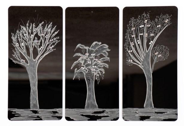 Arch. n. 1.525 Attesa della Luce-Incisione su plexiglas + pittura e perline vetro, cm 26x12 cadauna, 2018