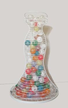 arch.n, 1.056 Ipazia dei colori dello spirito ferro smaltato + 130 ca sfere in PVC con terre e ossidi - 2011/12 – cm 83x93 x h 143 Catalogo ed. Bozzetto