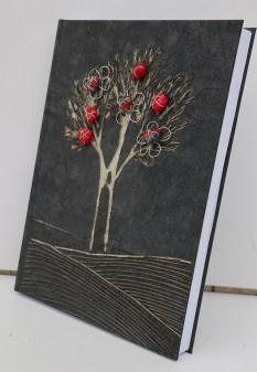 I buoni frutti su quaderno - cm 30x22x3 - 2019 arch n. 1.697