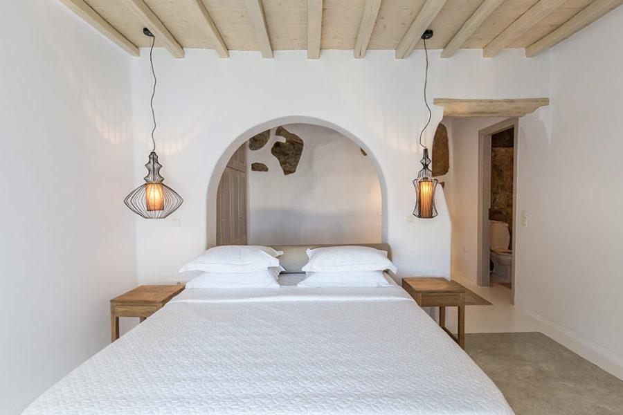 Kymothoe-bedroom3