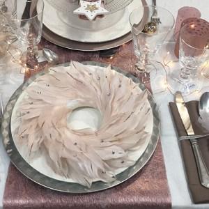 decorazioni-di-natale-sfumature-di-rosa-tovagliolo-e-tavola