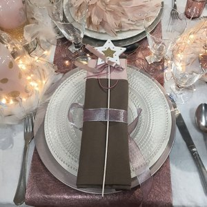 decoration not only for Christmas, sfumature di rosa, love, table setting