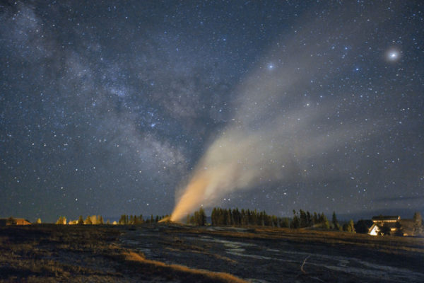 hades-exhales-skyglowrpoject-yellowstone12