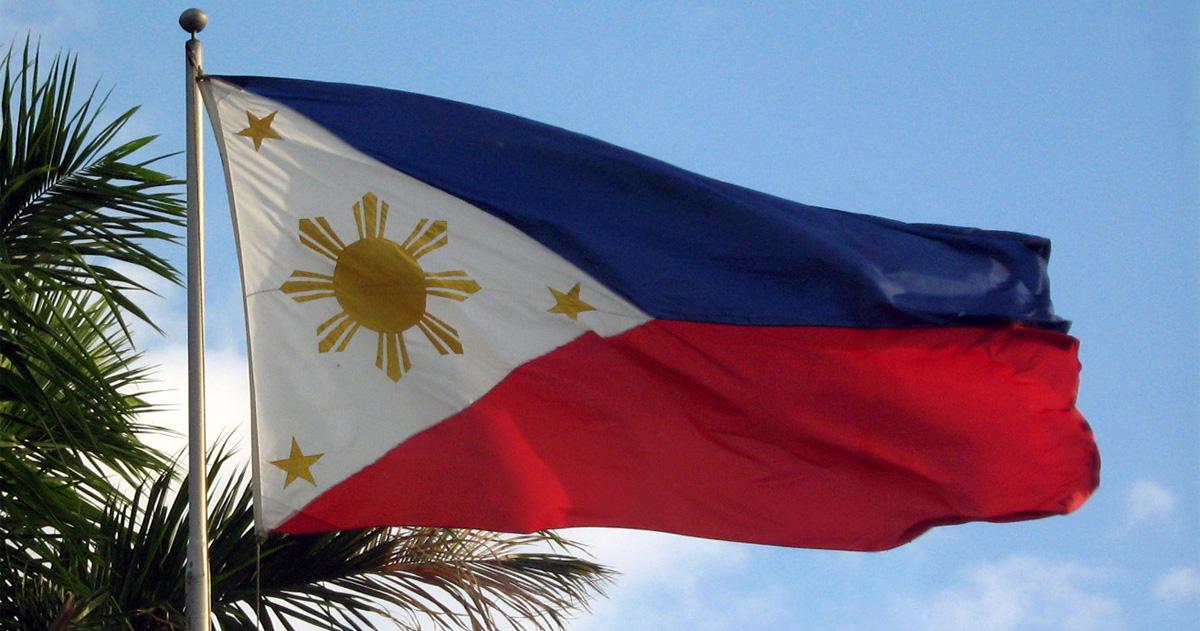 Philippine flag by Mike Gonzalez