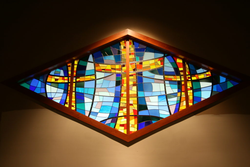 Vitral: Greenwood Community, Escócia – designed by Atkings Stained Glass Studio