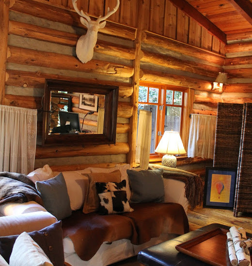 Adirondack Style Lodge (Los Angeles)