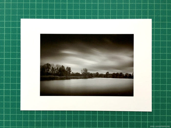 Morning at the river. Printed on Hahnemühle FineArt Baryte Satin paper (10x15 cm).