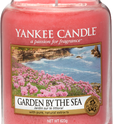 Oh I Do Like To Be Beside The Seaside   Yankee Candle Coastal Living Collection