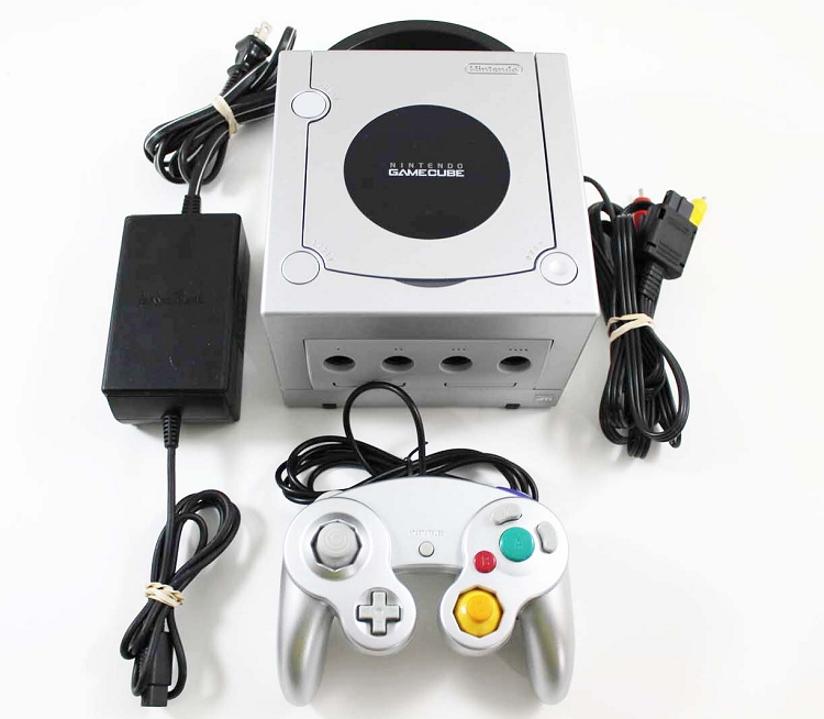 Nintendo Gamecube Silver System Console In Great Condition