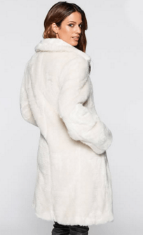 haina artificiala de blana alba