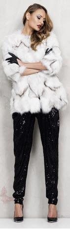 haina din blana naturala scurta de vulpe argintie