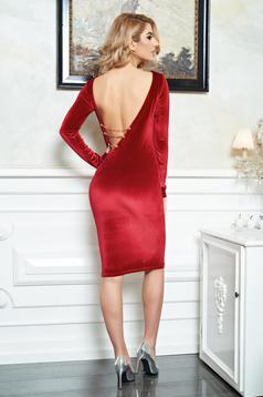 rochii catifea rosie cu spate decupat