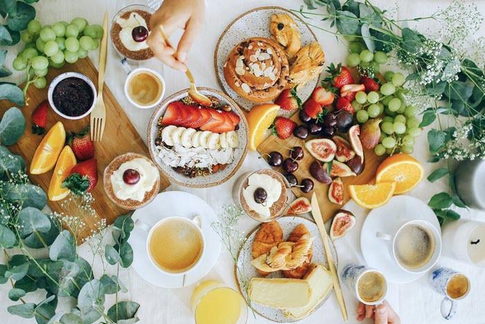 mic dejun consistent acasa