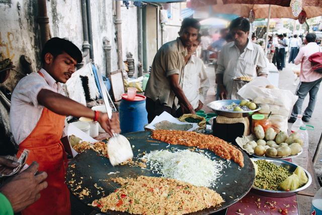 Street Vendor Indian Vegetarian Street Foods Lulu Meets World Mumbai India Asia Travel Blog